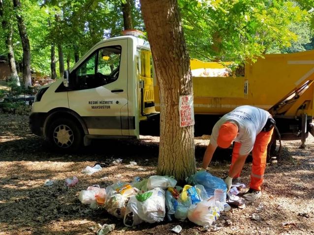Piknik Alanındaki Çöpler Temizlendi