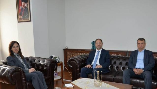 Rektör Erbaş'tan, Vali Yılmaz'a Ziyaret