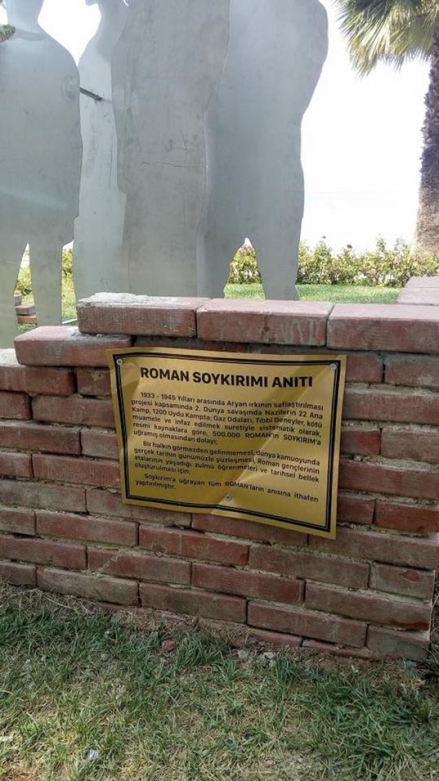 Roman Anıtına Saldırı