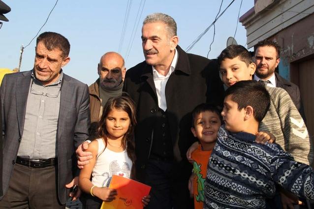 Roman Vatandaşlar Öztabak'ı Bağrına Bastı