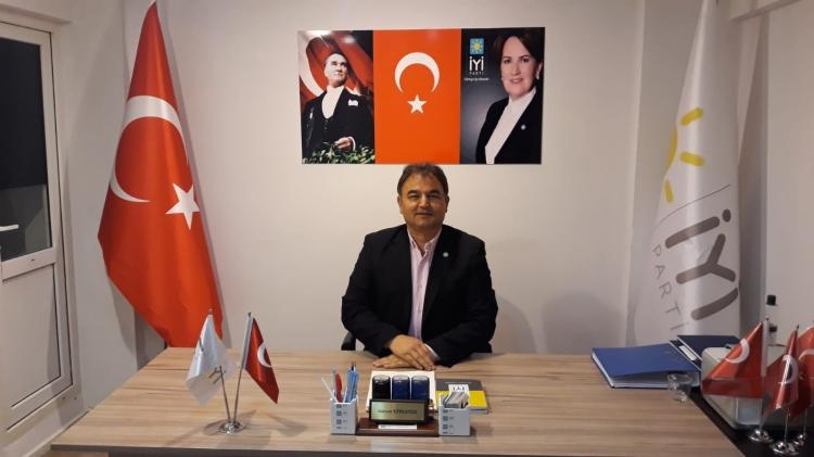 """Rozetin CHP, Tavrın AKP Gibi"""