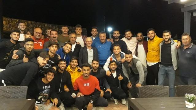 Şahin'den Kadıköy Sporlu Oyunculara Ziyaret