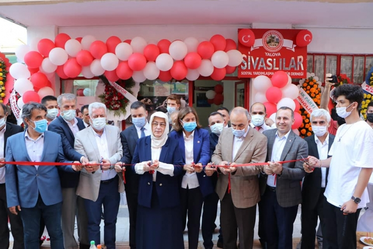 Sivaslılar Dernek Binası Törenle Hizmete Girdi