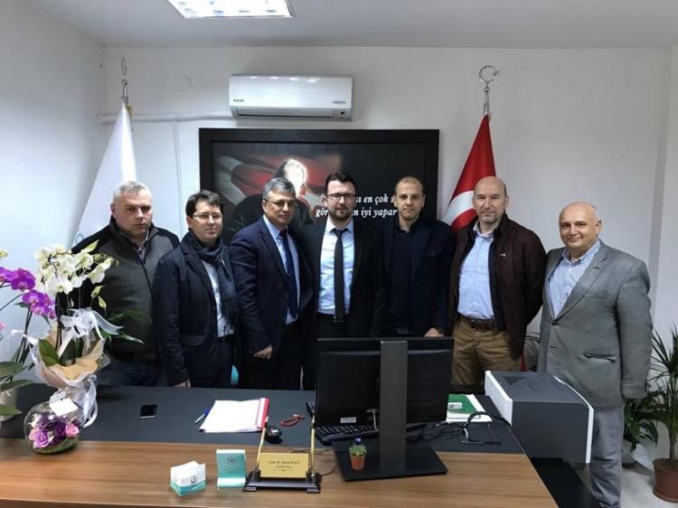 Soydaş Başhekime Bal-Göç'ten Ziyaret