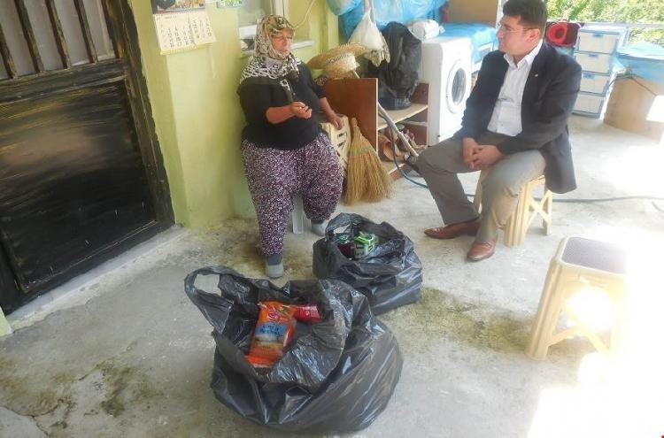 Termal'de İhtiyaç Sahiplerine Erzak Dağıtıldı
