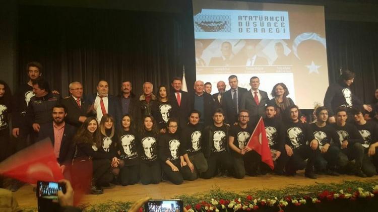 """""""Türkiye Nereye Gidiyor"""" Paneli Gerçekleştirildi"""
