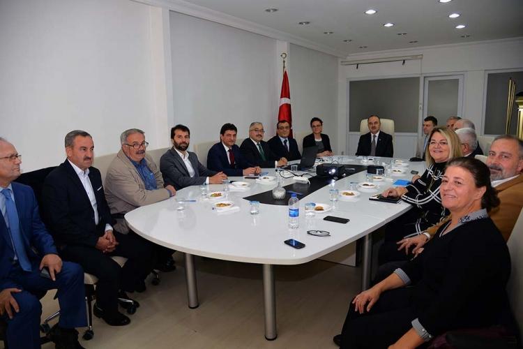 Vali Erol Sosyal Yardımlaşma Ve Dayanışma Vakfı Toplantısına Katıldı