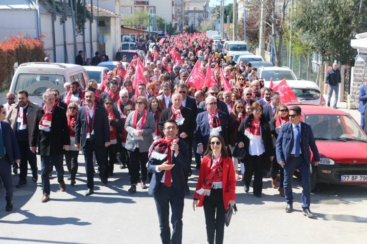 Güler, Çiftlikköy tarihinin en büyük yürüyüşünü gerçekleştirdi