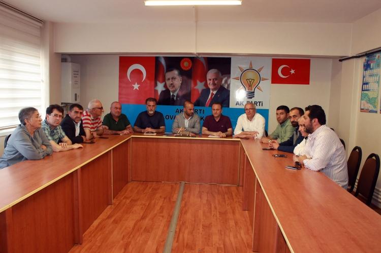 """""""Yalova Belediye Yönetimi Halkı Ve Esnafı Kandırıyor"""""""