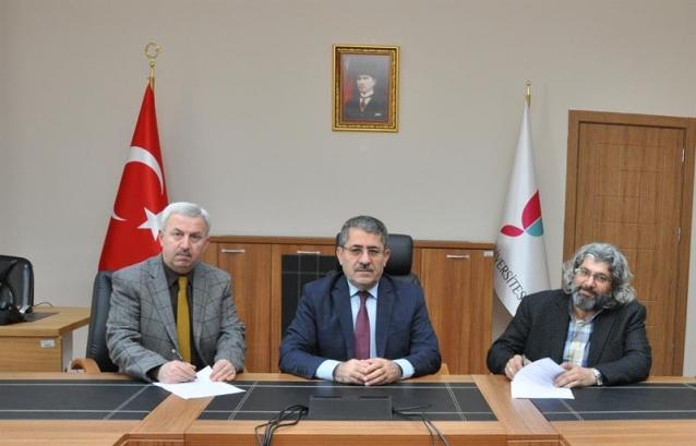Yalova Üniversitesi Camisi İçin İmzalar Atıldı