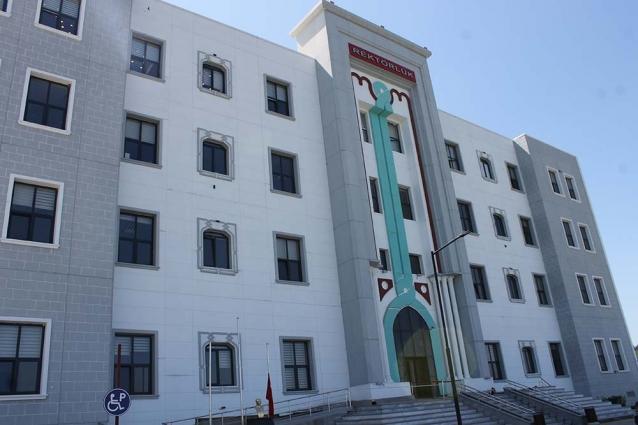 Yalova Üniversitesi'nde Hayalet Bölüm