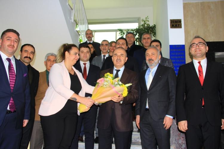 Yalova Valisi Erol'dan Çiftlikköy'e Ziyaret