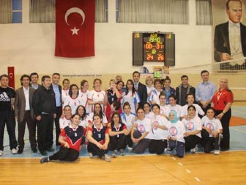 Yalova Devlet Hastanesi'nin Sultanları Şampiyon Oldu