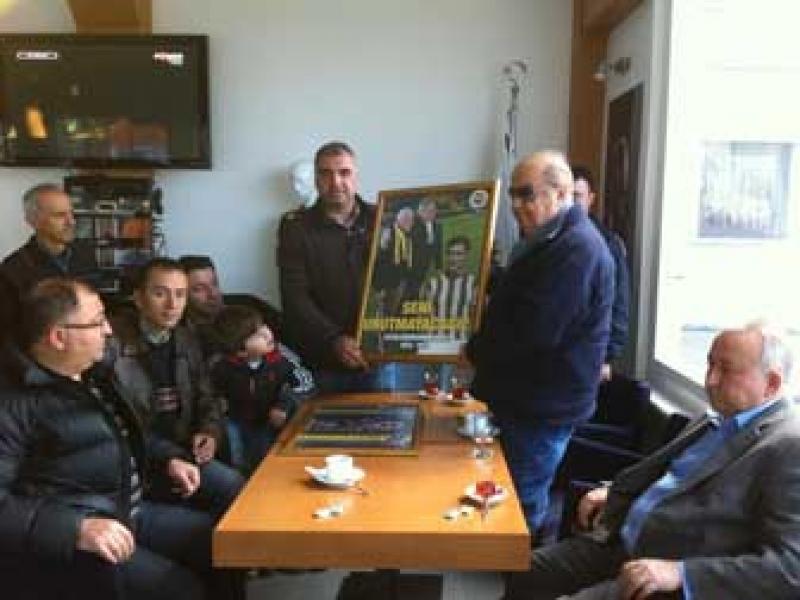 Yalova Fenerbahçeliler Derneğine Çanakkale Jesti