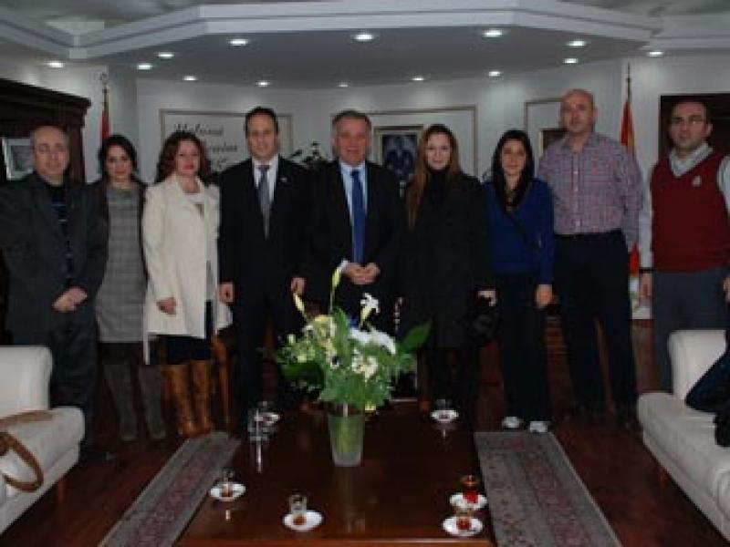 Yalova Tenis ve Dağcılık Kulübü Başkan Koçal'ı Ziyaret Etti