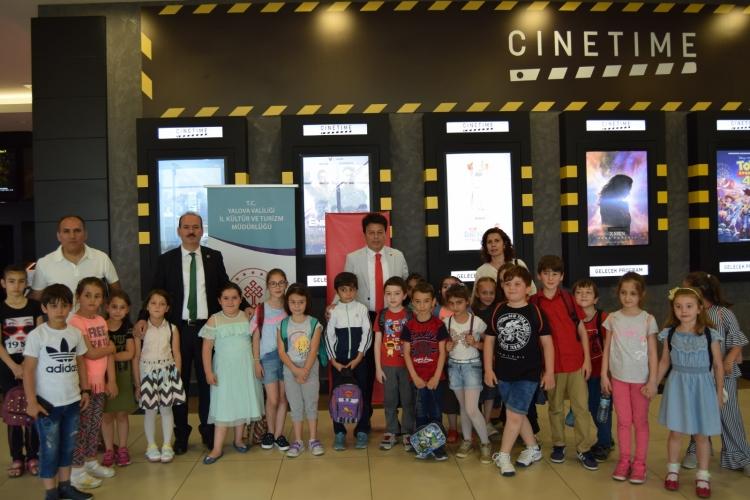 Yalova'da Bin 480 Öğrenci Sinema İle Buluştu
