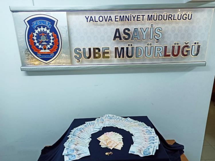 Yalova'da Çaldılar İstanbul'da Yakalandılar