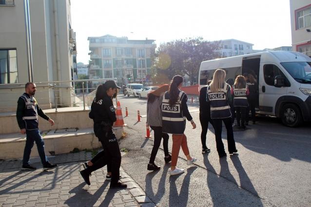 Yalova'da Fuhuş Villalarına Baskın