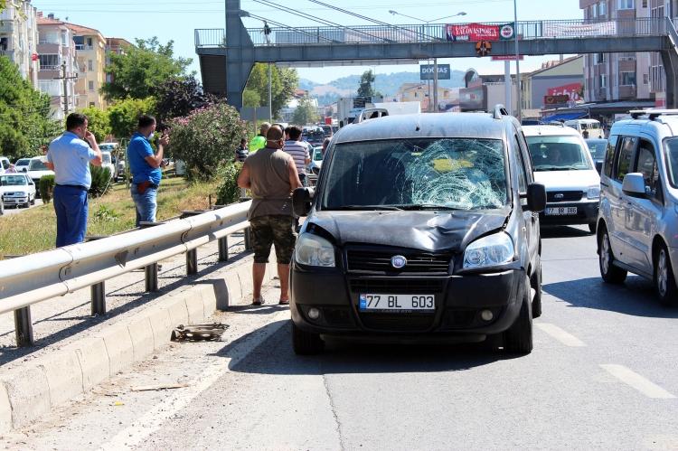 Yalova'da Trafik Kazası 1 Yaralı
