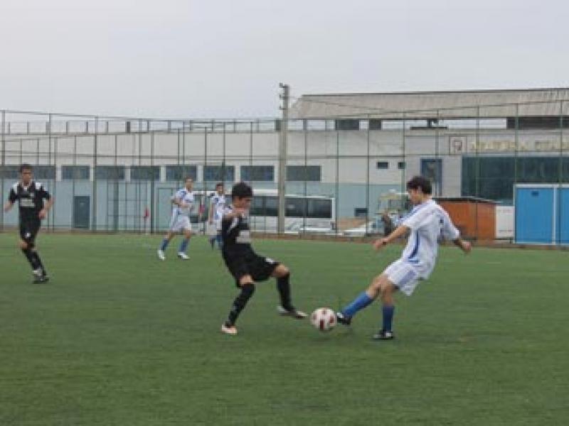 Yalova'da Liseler Arası Futbol Heyecanı Başladı