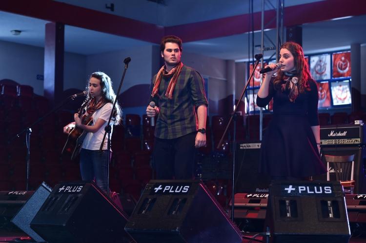 Yalova'dan 3 Lise İstanbul'da