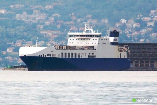 Yalova'ya Gelen Gemi Yandı