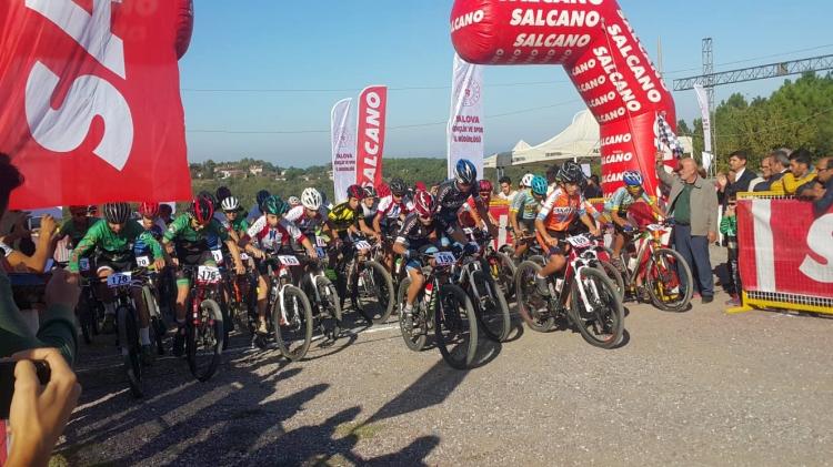 10 Ülkeden 206 Bisikletçi Yalova'da Buluştu